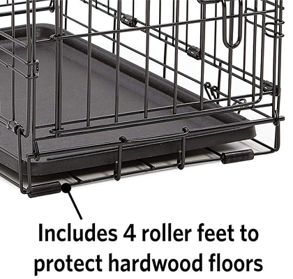 Dog crate for wood floors